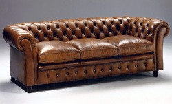 sofas chesterfield y sofa chester años 70